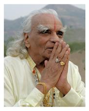 bks-iyengar-portrait